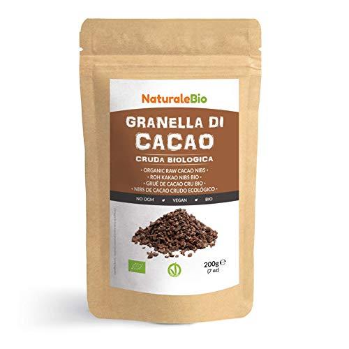 Roh Kakao Nibs Bio 200g. Organic Raw Cacao Nibs. 100 % Rohkost, natürlich und rein. Produziert in Peru aus der Theobroma Cocoa Pflanze. Quelle für Magnesium, Kalium und Eisen.