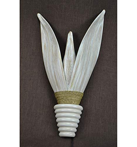 Exotische wandlamp van kokosbladeren, mahonie en zeegras.