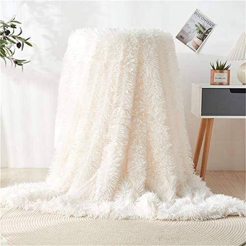 OYIMUA Super Soft Throws Blanket Fleece Blanket for Sofa or Bed Fluffy Cozy Faux Fux Blankets, Reversible Comfy Throw Blanket (Cream,160×200CM) …