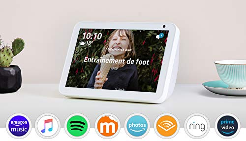 Echo Show 8, Tissu sable + Philips Hue White & Color Pack...