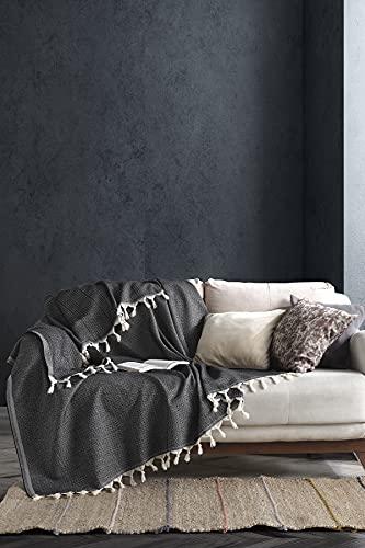 BOHORIA Tagesdecke Nomade extra groß 165 x 220cm | 100% Baumwolle | Überwurf für Sofa, Sessel & Bett | Kuscheldecke Sofadecke Wolldecke Wohndecke (Obsidian)