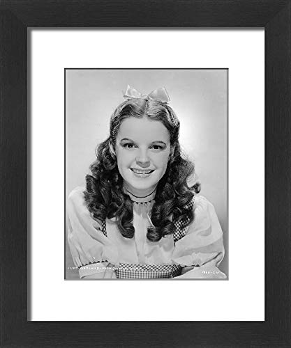 Media Storehouse Framed 10x8 Print of Judy Garland in Victor Fleming s Wizard of Oz (1939) (1950993)