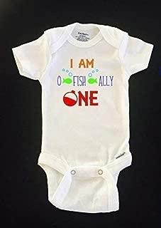 I am O FISH ALLY ONE birthday Gerber Onesies® bodysuit. Size 18 months