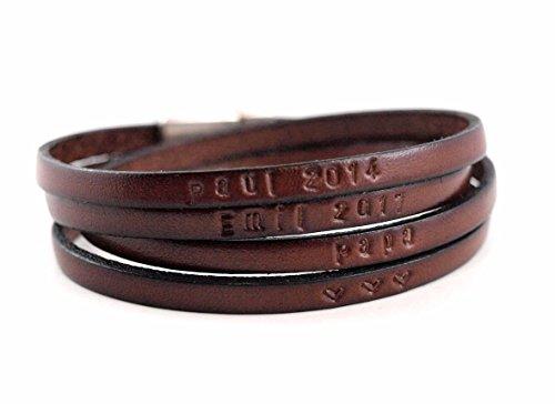 Die Geschenkidee für Männer: Lederarmband mit Wunschtext Gravur für Herren mit Magnetverschluss. Schwarz, braun, grau, blau. Das persönliche Geschenk!