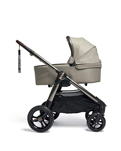 Mamas & Papas Ocarro All Terrain Puschair, Buggy, Pram, One Hand Fold, Puncture-Proof Tyres, Extendable Hood & Adjustable Lie Flat Seat - Iconic, 16.15 kg Mamas & Papas Robust support: dual suspension for all-terrains Ultimate comfort: large, padded seat One-hand fold: quick, easy and compact 7