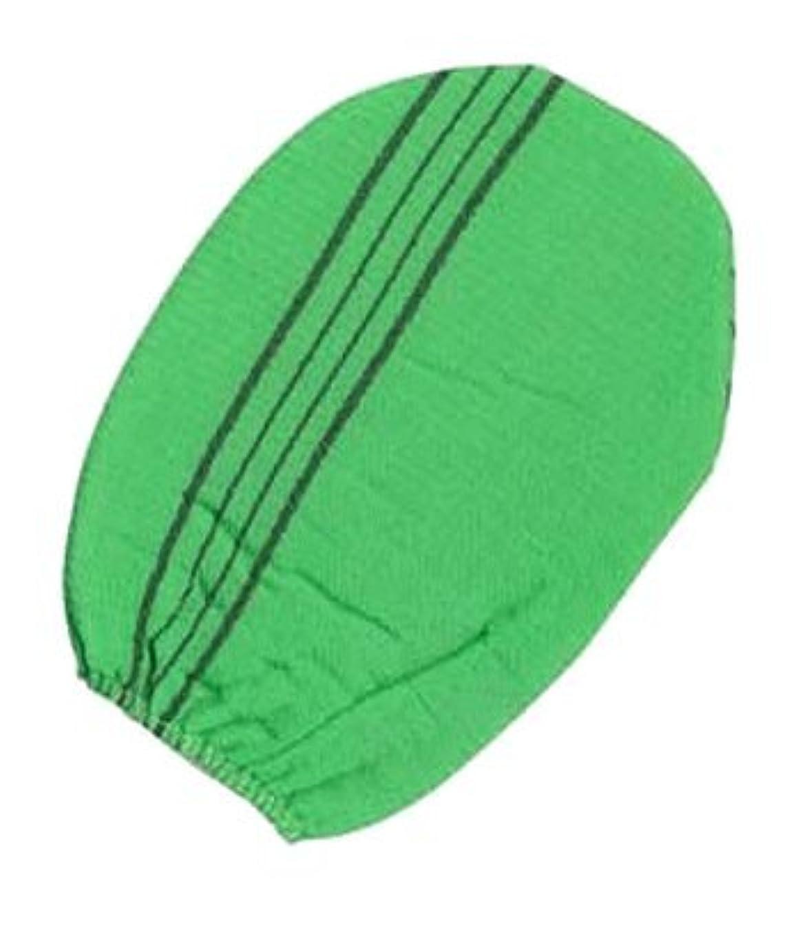 混合偽物好意韓国式あかすり グローブタイプ 緑 2点セット