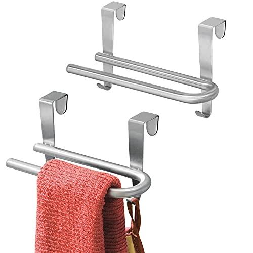mDesign Set da 2 Porta asciugamani cucina – Porta strofinacci da appendere alle ante dei mobili – Appendi strofinacci senza forare muro per bagno o cucina – argento opaco