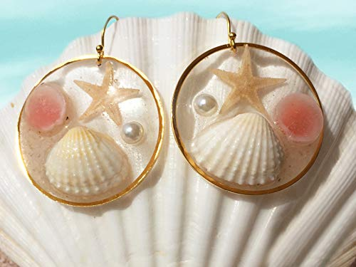 Seastar Gold - Trendy Boho-Chic Glass Earrings, Beach Scene Hoops, Natural Shells and Starfish, Ocean Jewelry, Clear Resin Hoop Earrings, Gift For Her – ER42D