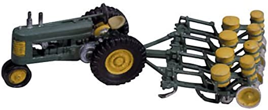 Woodland Scenics HO Scale Scenic Details Seeder & Tractor (1938-1946)