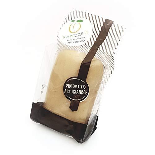 panetto di Pasta di Mandorle siciliane di prima qualita' (min. 35%) da gr.465. Per un latte di mandorla superlativo, tipicamente siciliano! Prodotto artigianale.