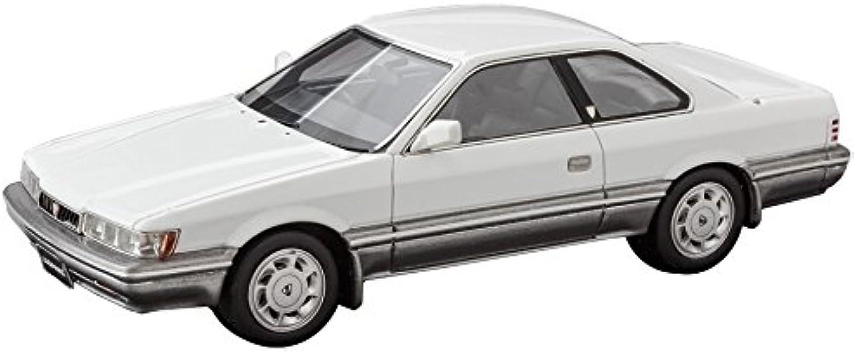 MARK43 1   43 Nissan Leopard Ultima 1986 (F31) Weiß 2-tone