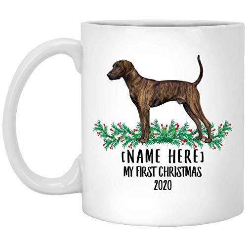 Divertido nombre personalizado Plott Hound Brown Brindle Primera Navidad 2020 Taza de café blanco 11 oz