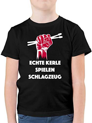 Sprüche Kind - Echte Kerle Spielen Schlagzeug - 128 (7/8 Jahre) - Schwarz - Drummer Shirt Kinder - F130K - Kinder Tshirts und T-Shirt für Jungen