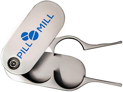Pillensnijder van Pill Mill - Metalen Messen die nooit Bot worden - Handgreep helpt om Kleine of Grote Pillen Vlot te Snijden - Duurzame Tabletverdeler - Perfecte Medicijnsnijder voor Onderweg