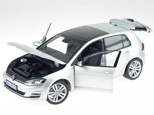 VW Golf 7 4-Türer silber Modellauto Norev 1:18