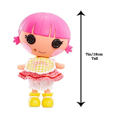 Lalaloopsy Littles Doll Muñeca Sprinkle Spice Cookie con Ratón - Muñeca Pastelera de 18cm con Vestido Amarillo y Rosa y zapatos removibles