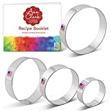 Ann Clark Cookie Cutters 4-Piece Circle Round Biscuit Cookie Cutter Set with Recipe Booklet, 2.5', 3', 3.5', 4'
