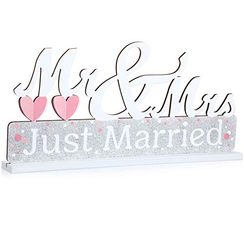 Mr and Mrs Sign Just Married Mr and Mrs Wedding Table Centerpiece Heart Wooden Letters Decoration for Wedding Bridal Shower Table Decorations Couple Party Anniversary
