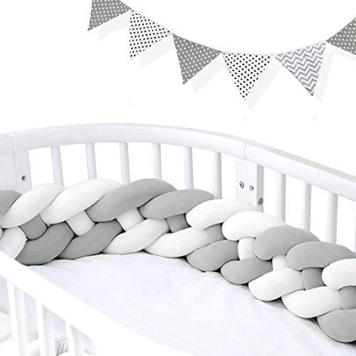 AngelaKerry 220cm Baby 4 Weben Babybett Bettumrandung Nestchen Stoßstang Kantenschutz Kopfschutz für Kinderbett Bettumfang (Weiß+Weiß+Grau+Grau Mit Wimpelkette)