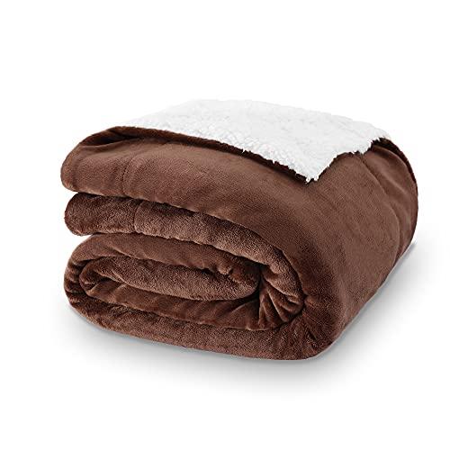 VOTOWN HOME Sherpa Decke Braun Flauschige Kuscheldecke 150x200 cm, hochwertige Wohndecken super warm weiche Fleecedecke als Sofaüberwurf/Wohnzimmerdecke