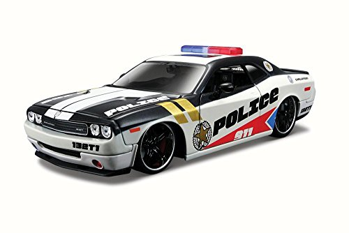 Maisto Dodge Challenger Police, White and Black 31342 - 1/24 Scale Diecast Model Toy Car