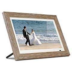 Share the memories: an Aluratek digital frame makes a great gift for grandparents, moms and just about anyone who would like to SHARE in your family's most memorable moments. Crisp, clear pictures: all of your pictures will be displayed noticeably cl...