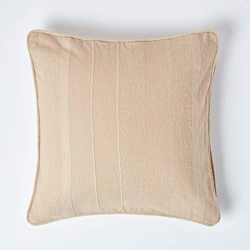 HOMESCAPES Cojín de Lujo para Sofá 60 x 60 cm de Color Beige en algodón de la colección Rajput