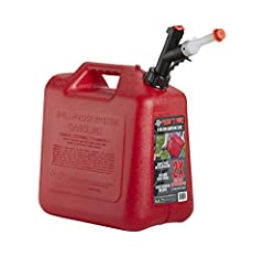 Simple fuel dispensing, just press and pour Precision flow control to no-mess pours Ergonmic spout grip and lift assist indent under the can for a comfortable filling experience Includes spout extension and dust cap to keep dust and particles out of ...