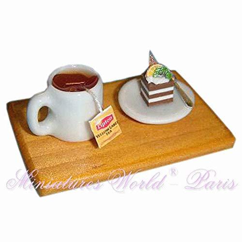 Miniatures World - Houten dienblad met porseleinen kopje thee en fluitje van een cent voor miniatuurdecoraties en poppenhuizen in schaal 1:12
