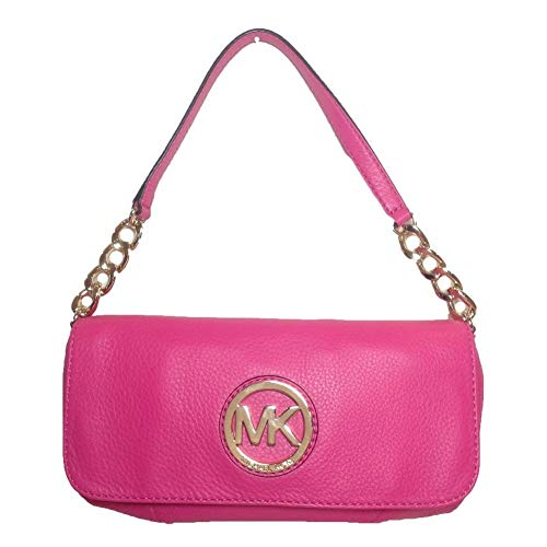 Michael Kors Fulton Small Shoulder Flap An invitation to enchanting elegance. Ignite your image carrying this captivating Michael Kors Shoulder Flap. Geniune leather. Micheal Kors logo plaque on flap. Back slip pocket. Chain Strap. Top flap magnetic ...