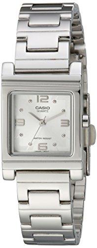 Casio LTP1237D-7A - Reloj para Mujeres Color Plateado