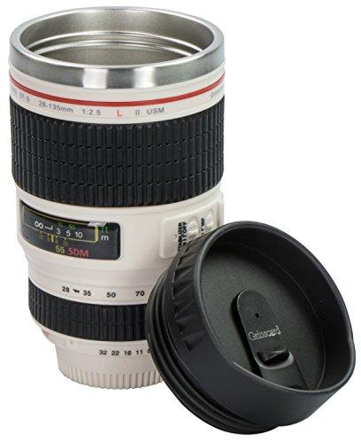 Grinscard Kaffeebecher mit Drink & Go Deckel - Weiß Kameraobjektiv Design 0,35l - Gadget Thermotasse für Unterwegs