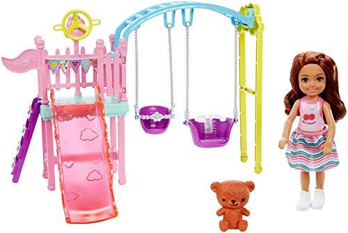 Barbie FXG84 - Barbie Chelsea Puppe und Spielplatz Spielset