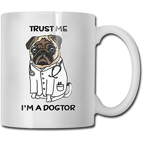 "Taza de cerámica con texto \""Trust Me I\'m A Doctor\"", 330 ml, color blanco"