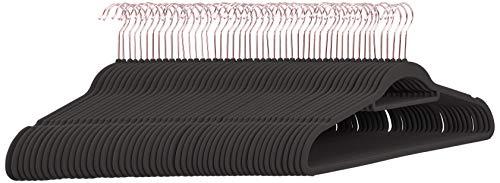 Amazon Basics - Grucce in velluto per abiti, con gancio per cravatte, colore grigio rosa e gancio dorato, confezione da 50