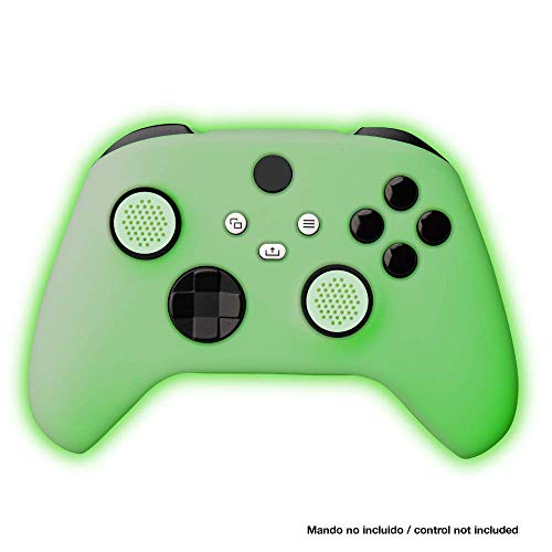 - Protector de Silicona + Grips Glow In The Dark Series X y S (Xbox Series X)