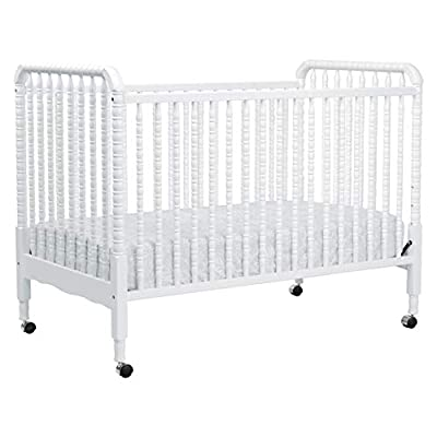 DaVinci Jenny Lind 3-in-1 Convertible Crib in White - 4 Adjustable Mattress Positions, Greenguard Gold from DaVinci