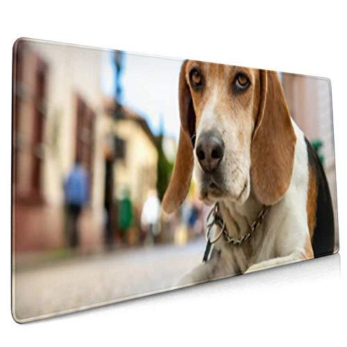 Alfombrilla de ratón Larga Beagle con Retrato en la Calle Alfombrilla de Escritorio Colonial Alfombrilla de Teclado, Base Antideslizante, Resistente al Agua, para Trabajo y Juegos, apagada