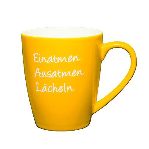 Tasse mit Spruch: Einatmen. Ausatmen. Lächeln. Gelb. Kaffeetasse mit Spruch, das besondere Geschenk, Kaffeetasse