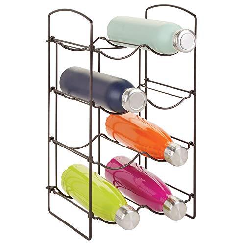 mDesign Práctica estantería para botellas – Botelleros para vino y otras bebidas para guardar hasta 8 unidades – Vinoteca de metal de pie para todo tipo de botellas – color bronce