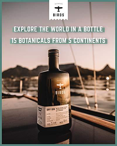 BIRDS Dry Gin - Frischer Deutscher Handmade Gin mit Basilikum, Zitrus und Ingwer - Handgefertigt mit 15 Zutaten aus 5 Kontinenten (0,5l) - 4
