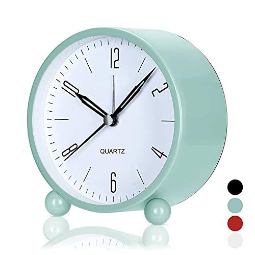Réveil analogique de chevet Réveil analogique silencieux sans coutil, petit réveil de voyage léger, mini réveil à quartz, réveil rond en métal lumineux (vert)