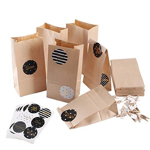 FOGAWA 50Pcs Bolsas de Papel Kraft Marrón Mini Bolsa para Regalos con Tarjetas y Pinzas de Madera Ideal para Bodas, Cumpleaños o Fiestas de Navidad, Dulces Papel para Envolver los Favores