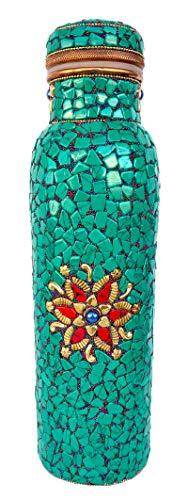 Rastogi Handicrafts Bouteille d'eau en cuivre pur sans joint 950 ml Travail de pierre décoratif unique Design international (Bouteille en pierre verte)