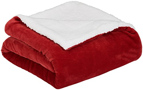 AmazonBasics Soft Micromink Sherpa Blanket - Throw, Red