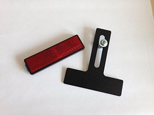 Soporte para matrícula (diseño en forma de T, incluye reflector)