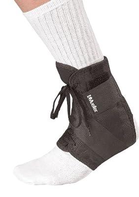 Mueller Soft Ankle Brace with Straps, Black, X-Small, Women's 7-8, Men's 6-7