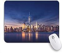 ECOMAOMI 可愛いマウスパッド ニューヨーク市-日没後のマンハッタン-美しい街並み 滑り止めゴムバッキングマウスパッドノートブックコンピュータマウスマット