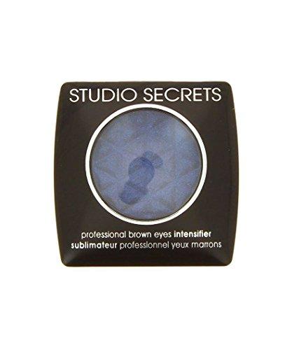 Ombre à Paupières - Studio Secrets - N°670 Argent Sublimateur Yeux Noirs - L'Oréal