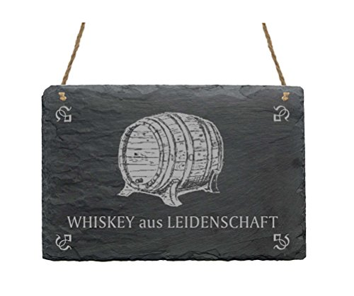 Leistenen bord « WHISKEY UIT LEIDENschaft » met motief whisky schild leisteen